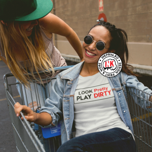 Tricou Personalizat - Look Pretty, Play Dirty